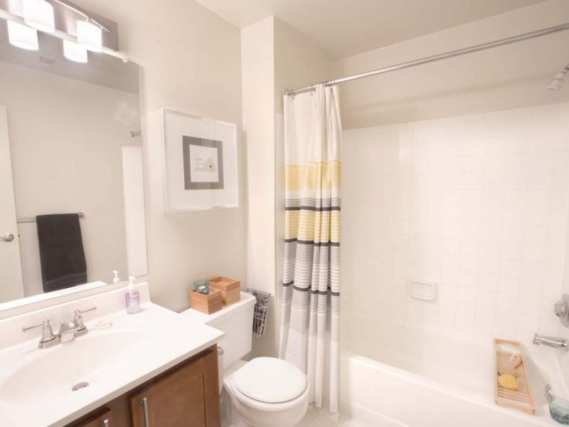 TGM Sudley Crossing Apartments Bathroom